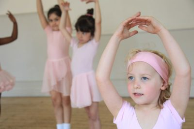 Primary ballet classes